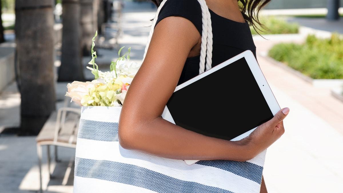 adolescent-bag-casual-2335090
